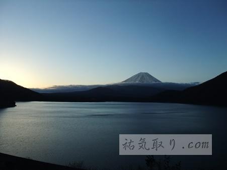 ご来光・初日の出 本栖湖 富士山と日の出(動画あり)