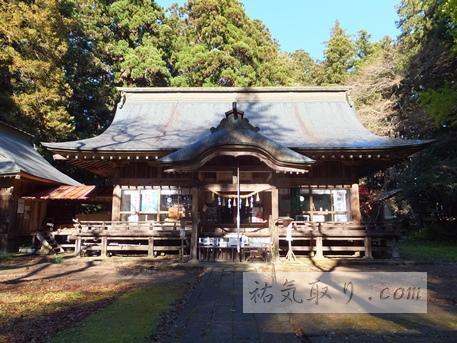 都都古別神社の拝殿