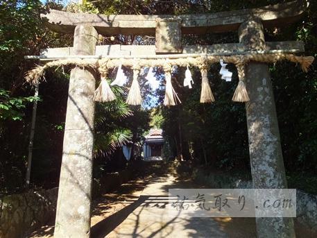 興神社17